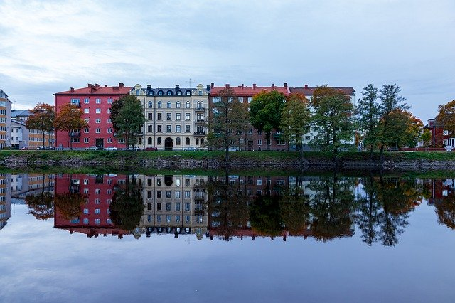 Karlstad Waters Building Color